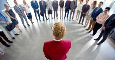 Vertrauen: Fundament für Führungskraft und Mitarbeiter
