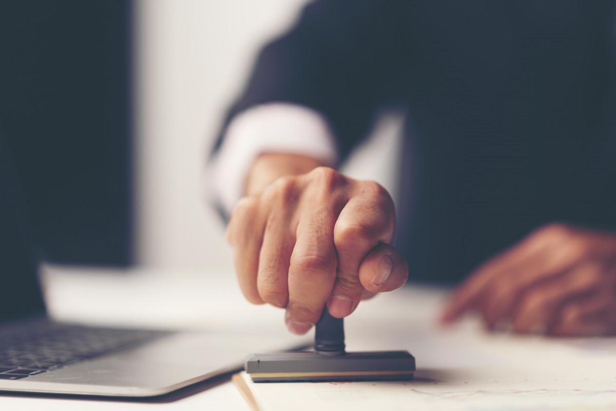 Arbeitszeugnis-Vorlage: So formulieren Sie Ausdauer oder Fleiß