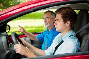 So gehen Sie ruhiger in die praktische Fahrprüfung