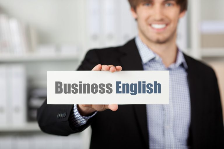 Business-Sprache auf Englisch: Please note – and take notice!