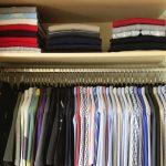 Wie mache ich Ordnung im Kleiderschrank?