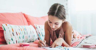 Pubertätsalarm bei Mädchen - Tipps für Eltern
