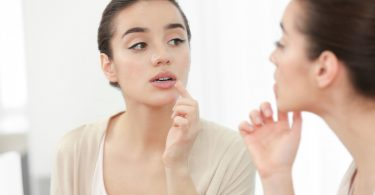 Die Nosoden Herpes simplex und zoster bei Herpesinfektionen anwenden
