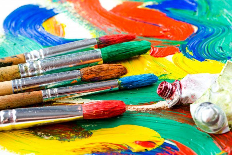 Pinsel reinigen: Tipps zu Farbauftrag und Pinselpflege