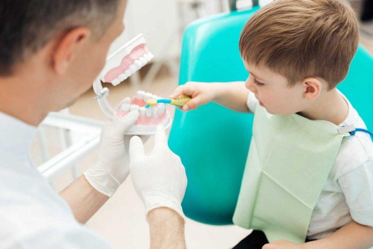 Angst vor dem Zahnarzt vermeiden: So klappt es bei Ihrem Kind