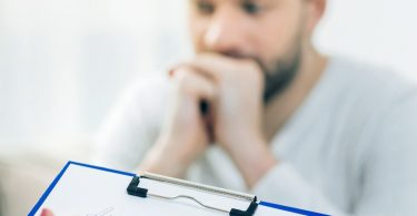 Hypochondrie: Was tun gegen die Angst, unheilbar krank zu sein?