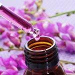 Blüten-Essenzen der Bachblütentherapie können bei Stress helfen