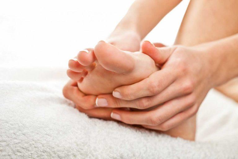 Fußmassage selber machen – Ihre Füße werden es Ihnen danken