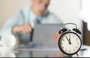 Zeitfresser im Büroalltag – 5 Tipps