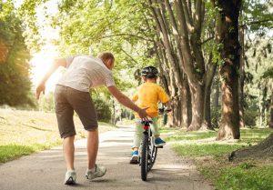 So wird Ihr Kind Radfahren lernen
