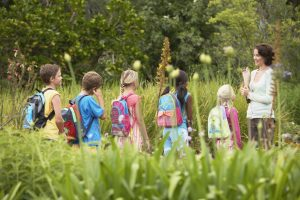 Kind zum ersten Mal auf Klassenfahrt – Was ist zu beachten?