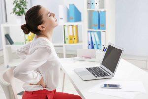 So vermeiden Sie Rückenschmerzen: Richtig sitzen