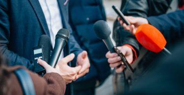 Wie plane ich eine Pressekonferenz – Tipps zur Organisation
