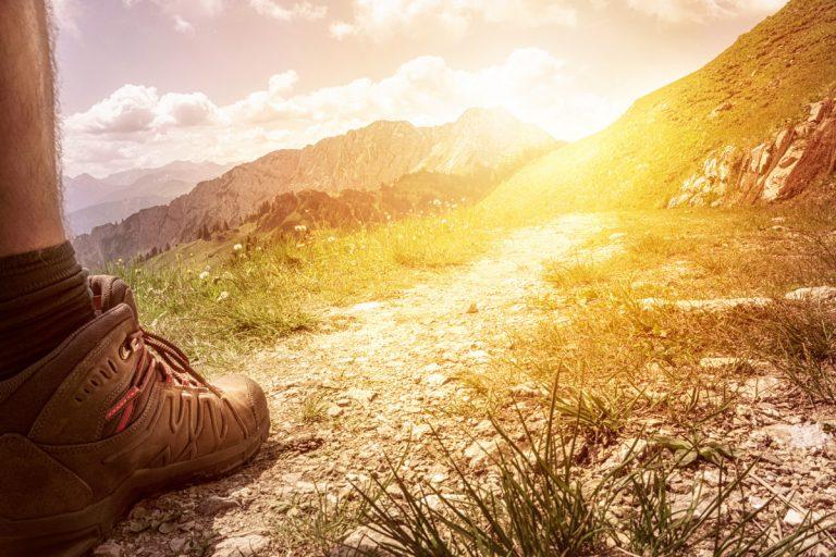 So pflegen und lagern Sie Ihre Wanderschuhe richtig