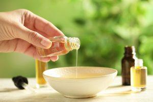 Natürliche Badeöle: Pflegen Sie Ihre Haut mit reinen Essenzen