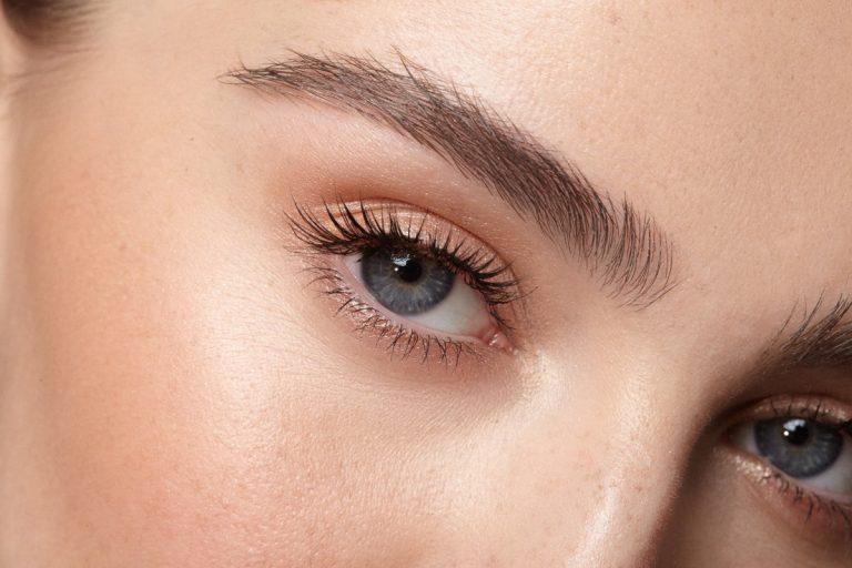 Tages-Make-up: So treten Sie dezent und natürlich auf