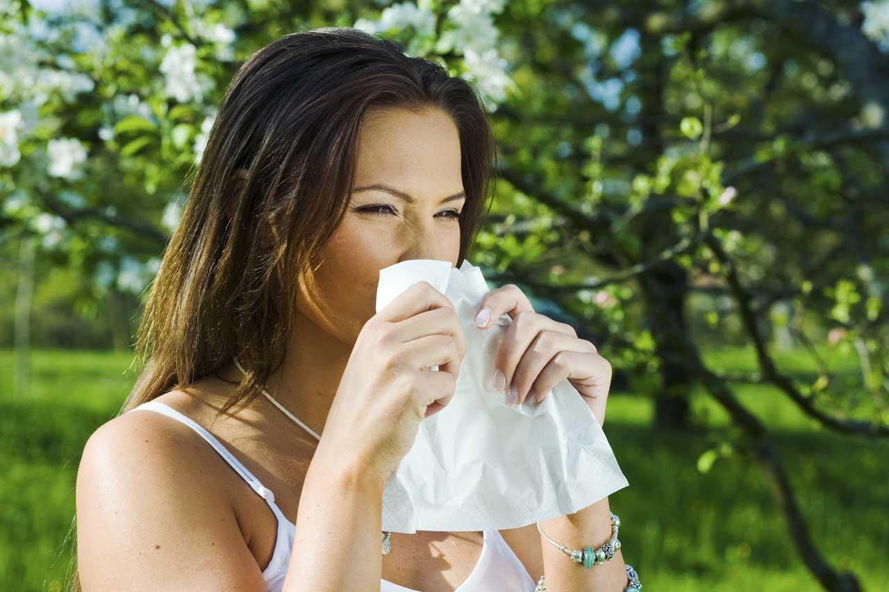 5 natürliche Wege, um Allergien im Frühling zu lindern