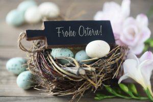 Basteln mit Kindern: Osternest aus Eierkarton