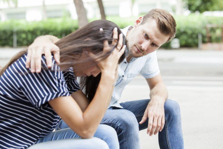 Wie können Sie Ihrem depressiven Partner das Leben versüßen?