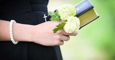 Was Sie über die Taufe bei Jugendlichen wissen sollten