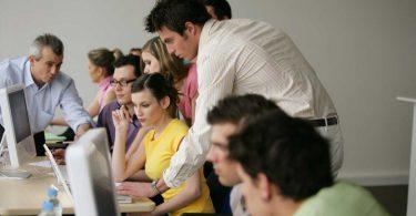 Lebenslanges Lernen im Beruf: der Vorteil von Weiterbildungen