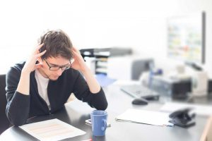 Überforderung im Job – Woran erkennen Sie, dass es zu viel wird?