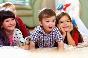 Wie lange sollten Kinder fernsehen?
