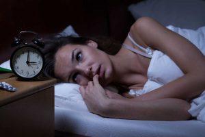 Schlaflosigkeit nach emotionaler Verletzung homöopathisch behandeln