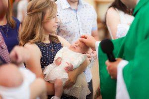 Die Taufe des Babys – Tipps für eine stimmungsvolle Feier