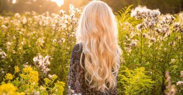 Tipps zur Pflege Ihrer naturblonden Haare