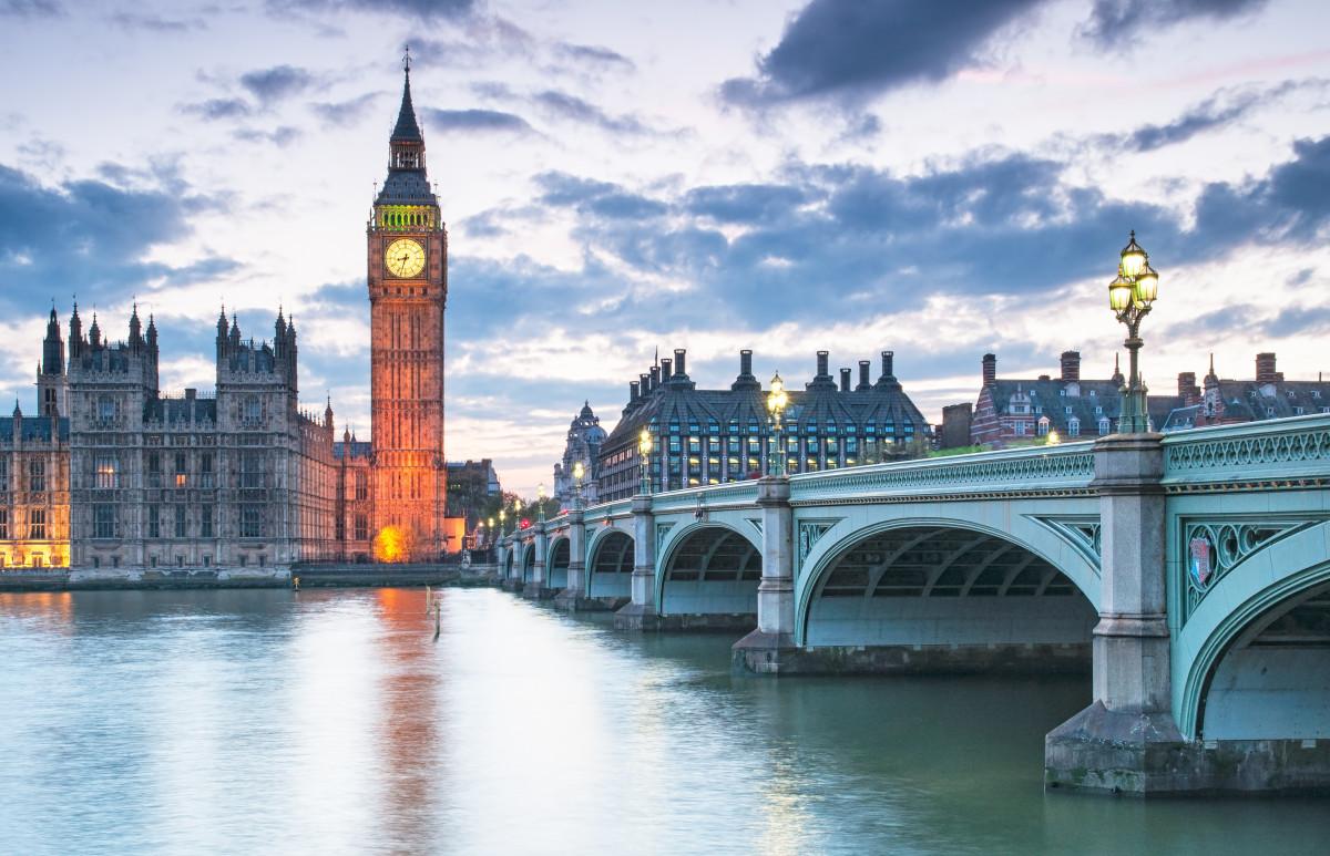 Vorsicht Fettnäpfchen – Sprach- und Kulturregeln in Großbritannien