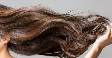 Lange Haare schön pflegen – 8 Pflegetipps
