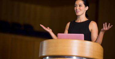 Mit folgenden 3 Tipps finden die Redner den roten Faden wieder!
