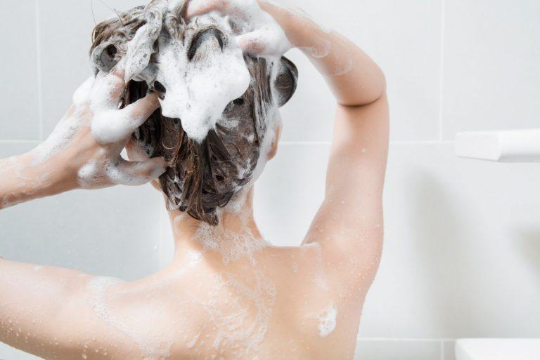 Richtiges Shampoo selber machen - Rezepte und Anleitungen