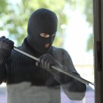 Einbrecher waren im Haus – Was ist nun zu tun?