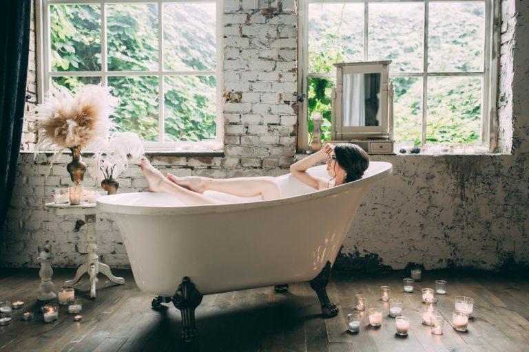 Wohlfühloase Badezimmer: Wellness-Bad mit ätherischen Ölen