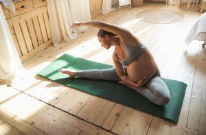 3 einfache Yoga-Übungen für Zuhause