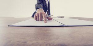 Qualitatives Arbeitszeugnis als Rechtsanwalt selbst erstellen