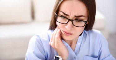So bekämpfen Sie akute Zahnschmerzen