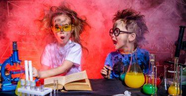 Experimentieren mit Kindern – So geht's!