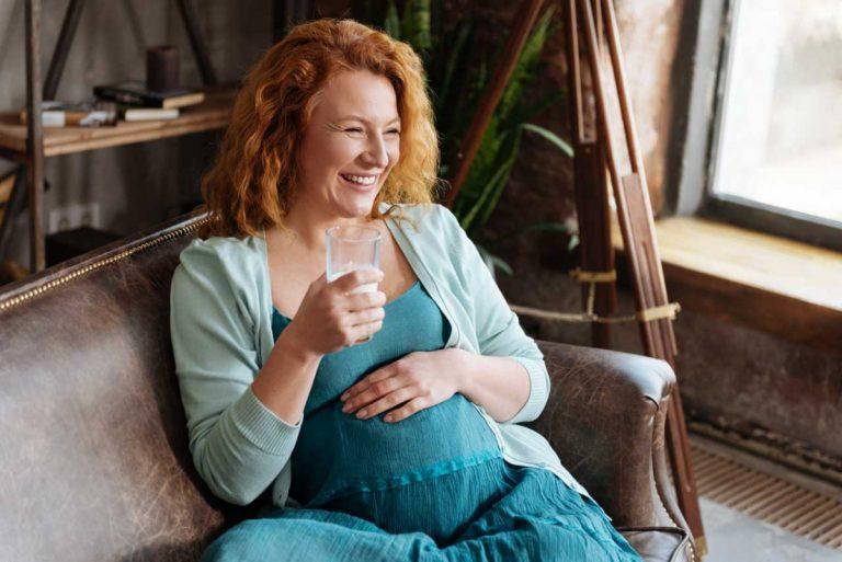 Was Sie in der Schwangerschaft trinken sollen und dürfen