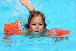 Schwimmen erlernen – Sicherheit geht vor