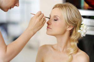 Welches Make-Up ist perfekt für einen hellen Teint?