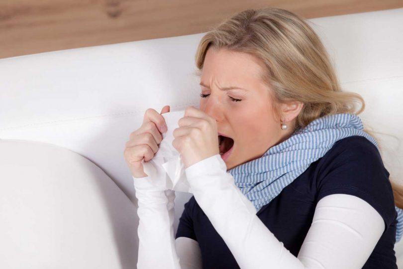 Was sind typische Symptome bei Stockschnupfen?