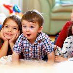 Wie Werbespots für Lebensmittel Kinder verführen