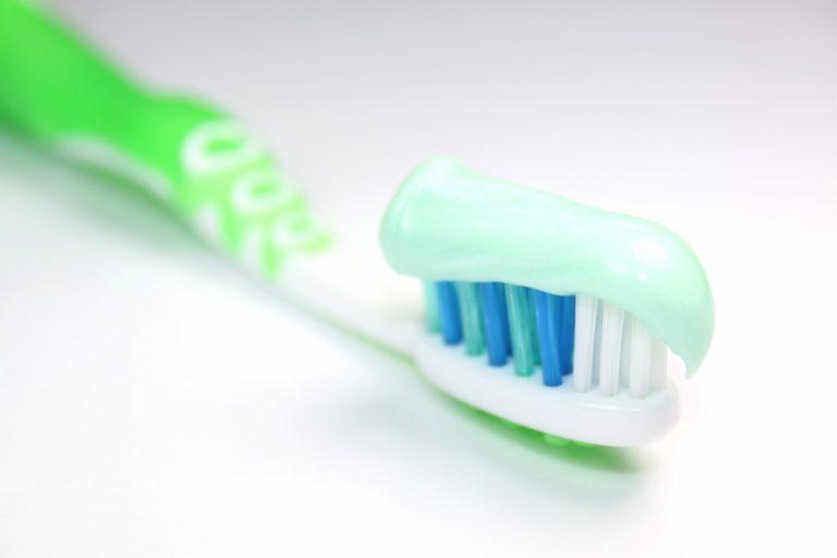 Wie Sie Zahngel selber herstellen können