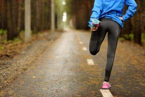 Aufwärmen beim Sport: Diese Übungen haben sich bewährt