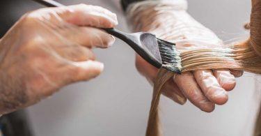 Ist Haare färben in der Schwangerschaft schädlich?