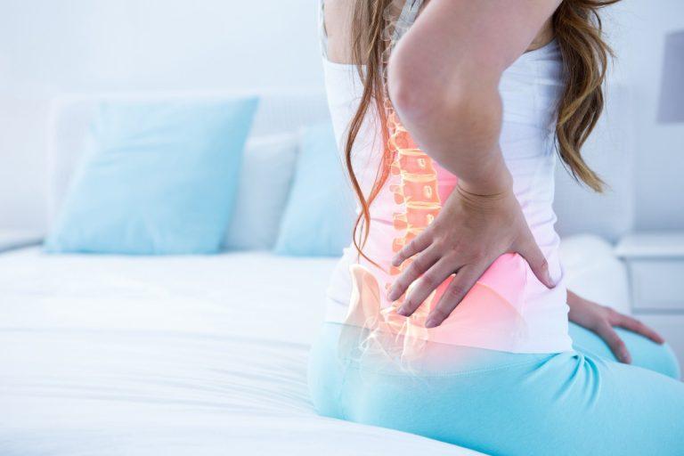 Bekämpfen Sie Rückenschmerzen mit dem Yoga-Gurt