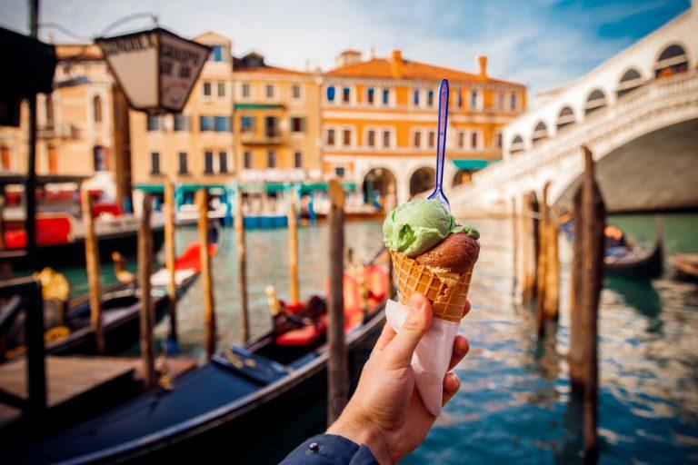Urlaub in Italien: In der Eisdiele